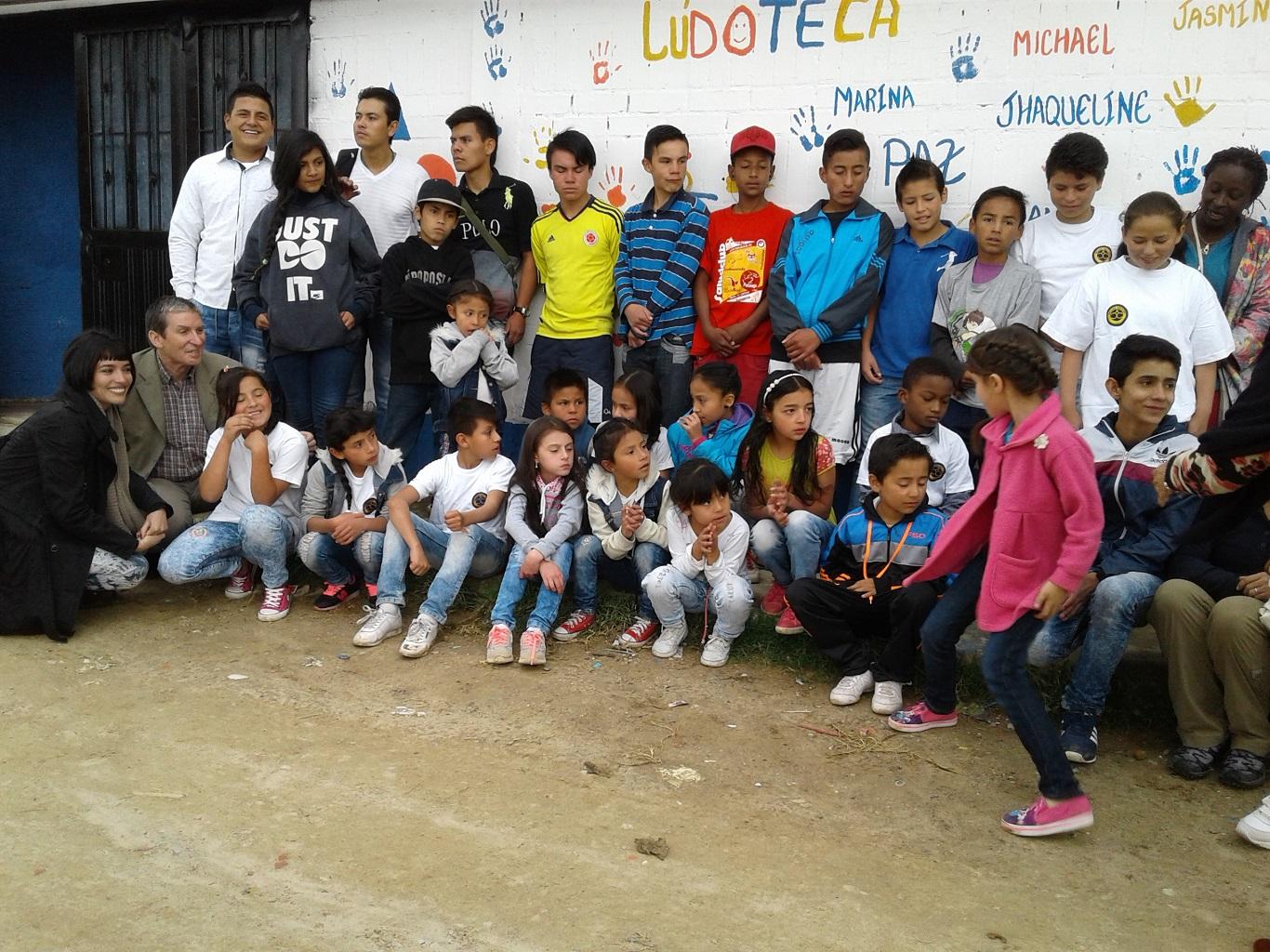 Auxiliadoras Colombia 100